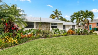 Photo for Welcome to your Florida paradise located in sunny Charlotte County. With a total of 3 bedrooms and 3 baths, this home is well equipped to take care of you and all of your guests.