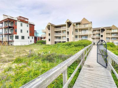 Photo for Salty Hammocks A4: 2 BR / 2 BA condo in Carolina Beach, Sleeps 6