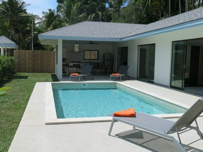 Photo for Coconut Villa Private pool in Maenam (Mapro Villa)