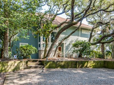 Photo for Beachfront home with private pool & spa, expansive deck and breathtaking views