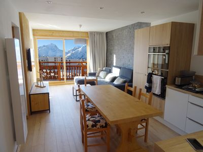 Photo for Large apartment of 100 m2 in front of snow for 10 people