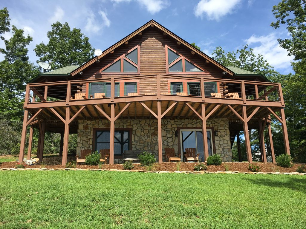 Beautiful Log Cabin Home With Lake Resort A Vrbo