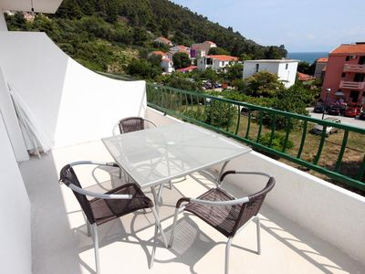 Photo for One bedroom apartment with terrace and sea view Drvenik Donja vala (Makarska)