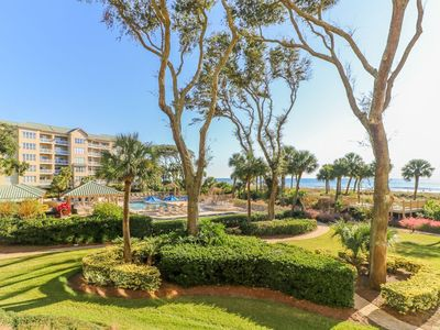 Photo for Beautiful Oceanfront Condo with Luxury Finishes!