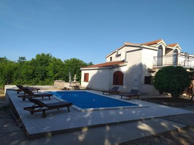 Photo for Holiday house in a quiet location with air conditioning and pool