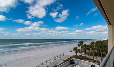 Photo for Two-bedroom, Two full bath Beach Front condo