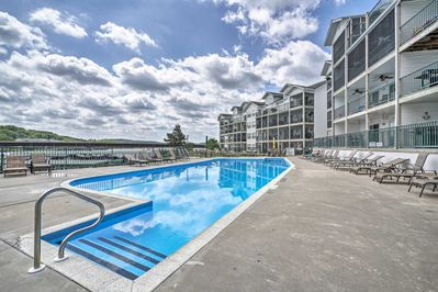 You'll be treated to access to 3 community pools.