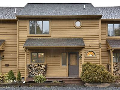 Photo for Close to Outdoor Pool, Complimentary Mirror Lake Access! (OPEN) Pet Friendly! Sleeps 8!