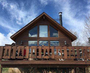 Photo for Stay in an Idyllic Colorado Cabin in the Rocky Mountains! Close to 2 SKI RESORTS