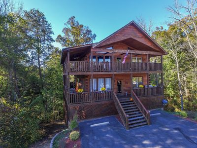 Eagles Haven Lodge--all the comfort and amenities you want for your group!
