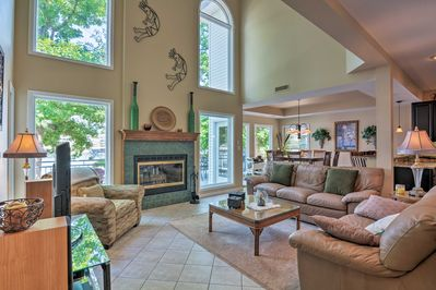 Enjoy lakeside living at this Osage Beach vacation rental house!