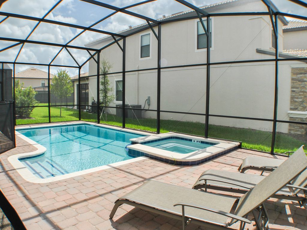 South Facing Pool, NO Resort Fees, Free Wifi, Game Room,  2 Ensuites - NEW!