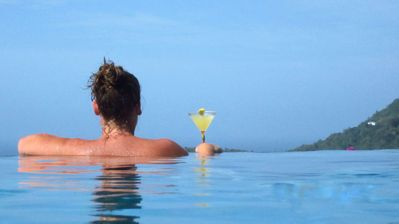 Photo for Beautiful holiday rental with infinity pool and incredible views