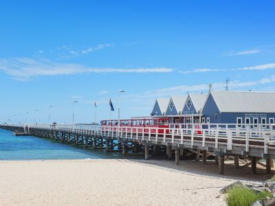 Photo for Little Pearl by the Pier, 3min walk to Busselton Jetty