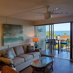 Photo for Sunset Kahili 303: Fully Remodeled Ocean View  Free Midsize Rental Car