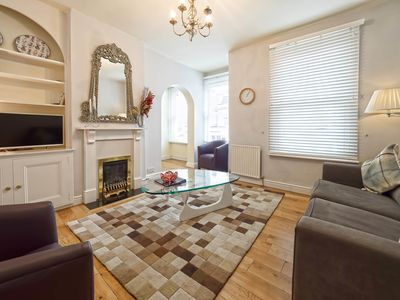 Photo for Charming home nr Wimbledon tennis