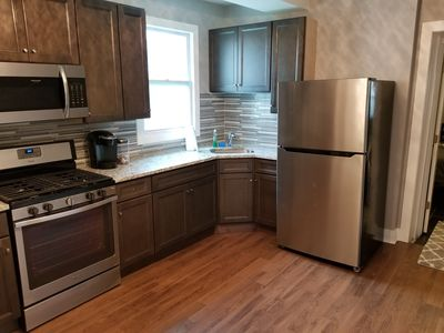 Photo for New Rehab, FREE street parking, LAUNDRY, Mins to Downtown