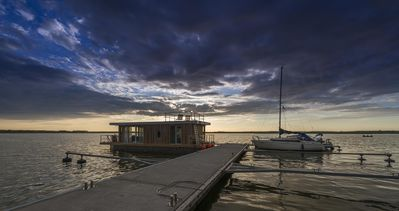 Photo for 1BR House Boat Vacation Rental in Rieth