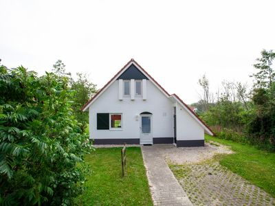 Photo for 6-person bungalow in the holiday park Landal Natuurdorp Suyderoogh - on the coast/the beach
