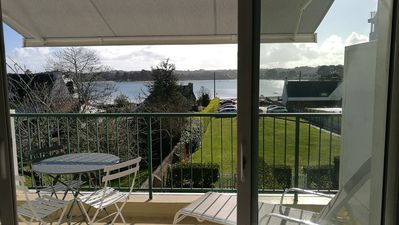 Photo for Superb sea view for this renovated apartment, 2 to 4 people