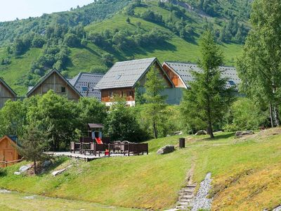 Photo for Well-kept apartment in les Sybelles with 310 km. of slopes