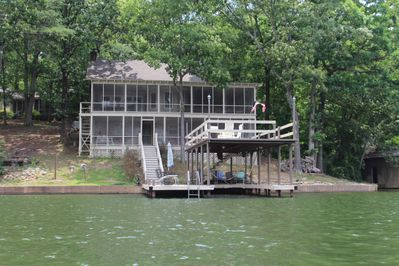 Perfect setting for a family vacation. Cabin with clean water on Wilson lake.
