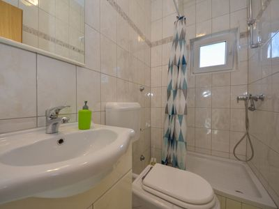 Photo for Apartment Niko in Zadar - 6 persons, 2 bedrooms