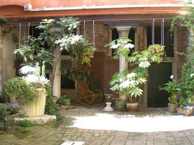 Photo for 2BR Corporate Apartment Vacation Rental in Venezia, Veneto