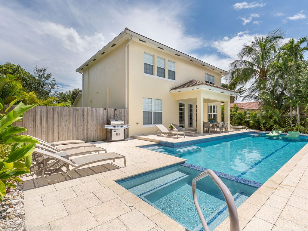 Solar Lap Pools Stunning New Wilton Manors Home With Homeaway Wilton Manors