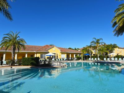 Photo for Charming 2-Bed TownHome at Oakwater Resort, Just 1.5 Miles to Disney-7514