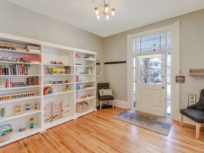Photo for Blazing Wifi+ Family Ready+ King Bed+3 Bathrooms