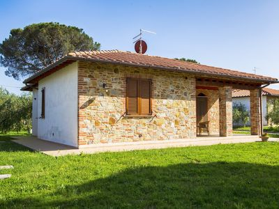 Photo for A large yet cosy cottage, surrounded by a large garden just a few km from lake