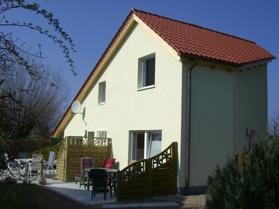 Photo for Modern holiday house with private garden, a few minutes to the beach.