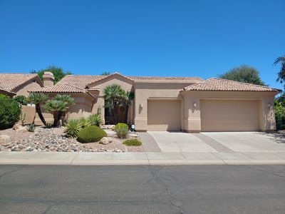 Photo for Simply Divine 3-bedroom 3.5 bathroom Scottsdale Home!!