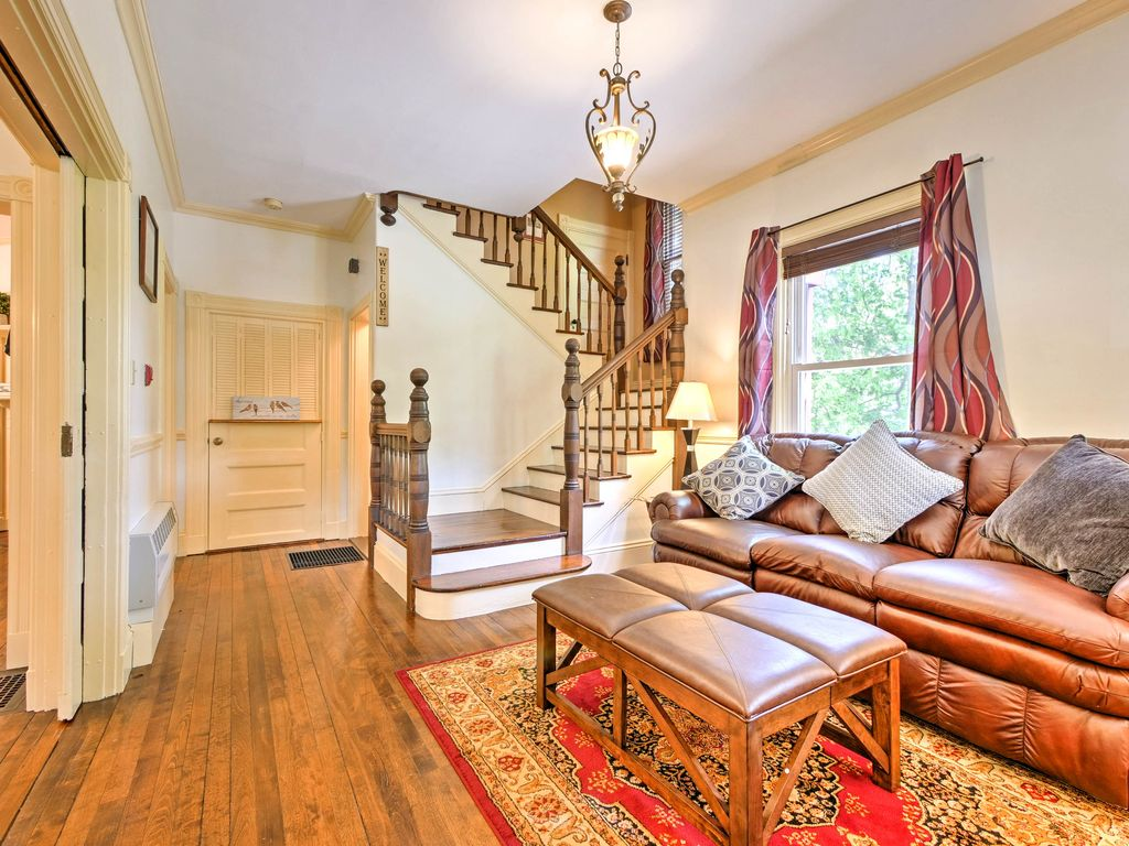 NEW! Central Bar Harbor Home - Walk to the Shore!