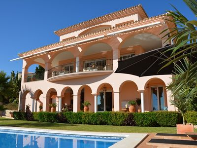 Photo for Luxury beachside villa with heated pool and hot tub