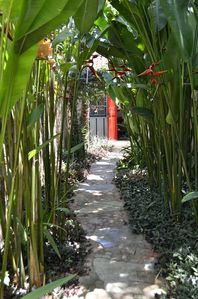 Photo for Artist's bungalow near the historical center of Ilhabela