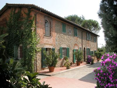 Photo for Lovely accommodation in a typical tuscan farmhouse. Cooking Class on site