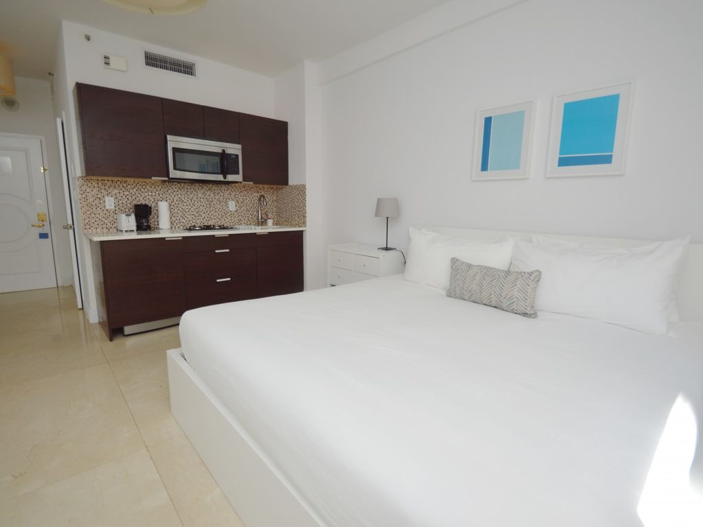 Design Suites Hollywood Beach 211 One Bedroom Apartment Sleeps 2