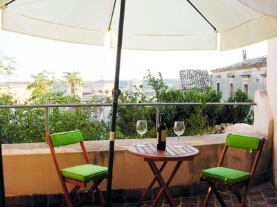 Photo for A flat with garden in the heart of the historic centre of Noto