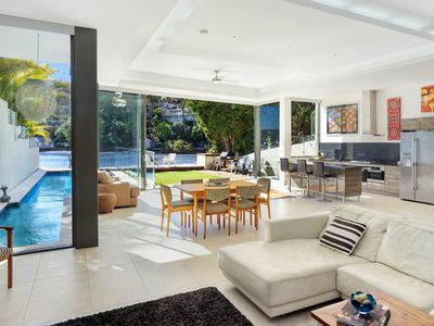 Pittwater Paradise, absolute waterfront