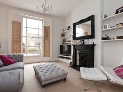 Photo for 3bed 2bath house w/private garden Dalston Junction