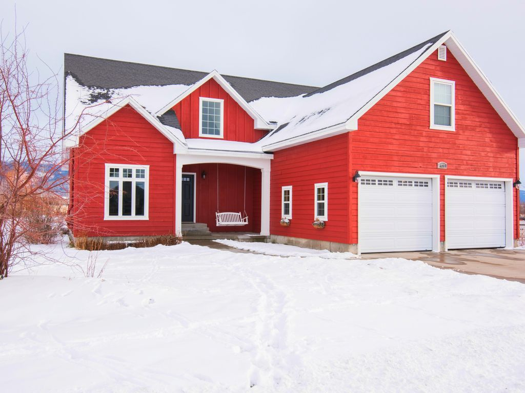 The Red Farmhouse Only 20 Minutes From Grand Targhee Skiing Huge Home Ping Pong Table Perfect For Large Groups