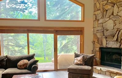 Photo for Tranquil 2800 Sq Ft. Beautiful Mountain Retreat