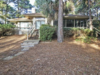 Photo for 3 bedroom, 3 bathroom, 3rd row, single-family home in Palmetto Dunes with a Private Pool is 5 mins f
