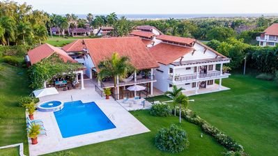 Photo for Large 360° Golf View Villa in Casa de Campo with family room
