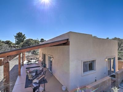 Photo for NEW! Pet-Friendly Desert Gem 2Mi to Oracle St. Pk.