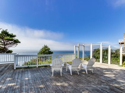 Photo for Dog-friendly oceanfront house w/amazing ocean views & entertainment