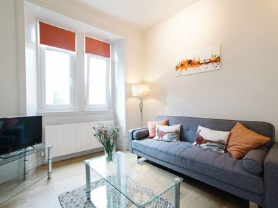 Photo for Beautiful City Centre Apartment 5mins from Royal Mile