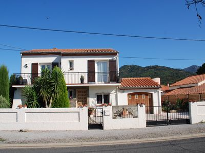Photo for Well Appointed Ground Floor Apartment In Detached VIlla, Sleeps 2/4, Cl. 3⭐️⭐️⭐️